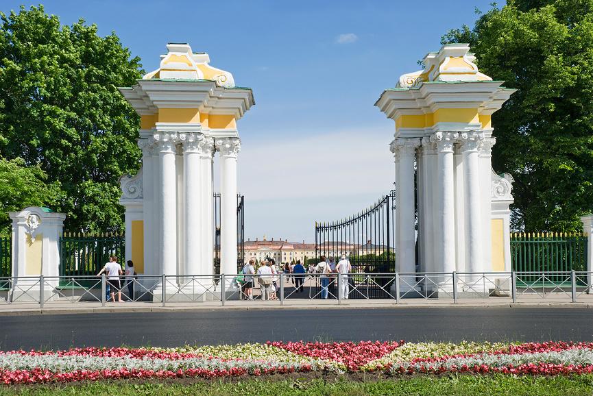 Ворота Верхнего сада Петергофа